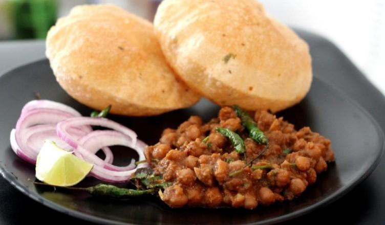 how to make punjabi chole puri