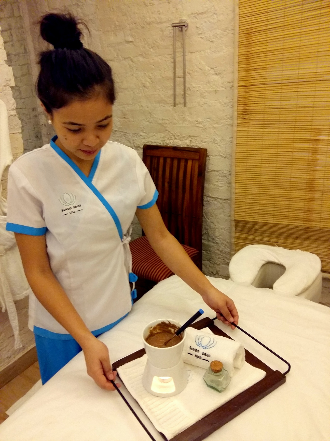 Chocolate Fondue Massage