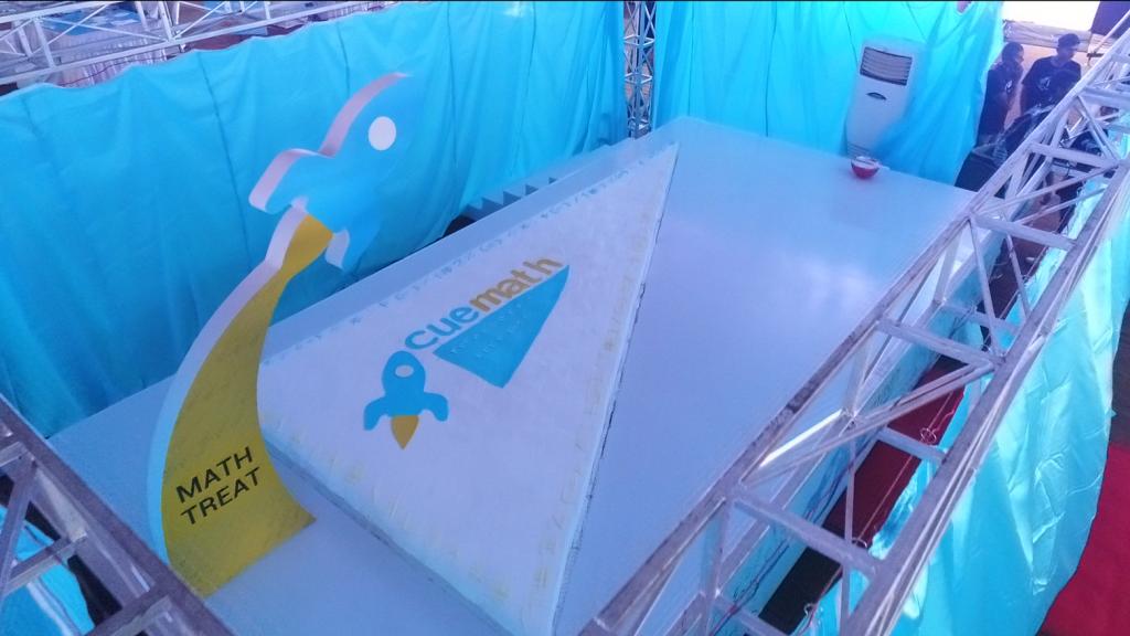 Cuemath Fest 17 feet long cake